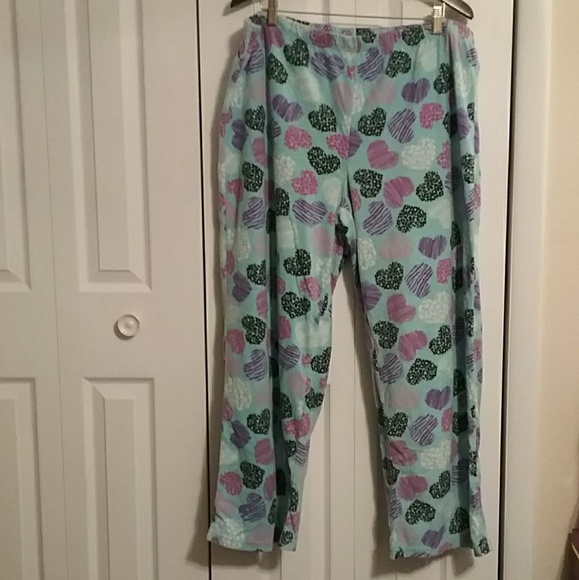 2X PLUS NEW NWT  TOP ONLY XL SECRET TREASURES Soft Pajama TOP Size S